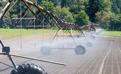 http://www.dreamstime.com/royalty-free-stock-photos-farm-field-irrigation-crawler-image2961088